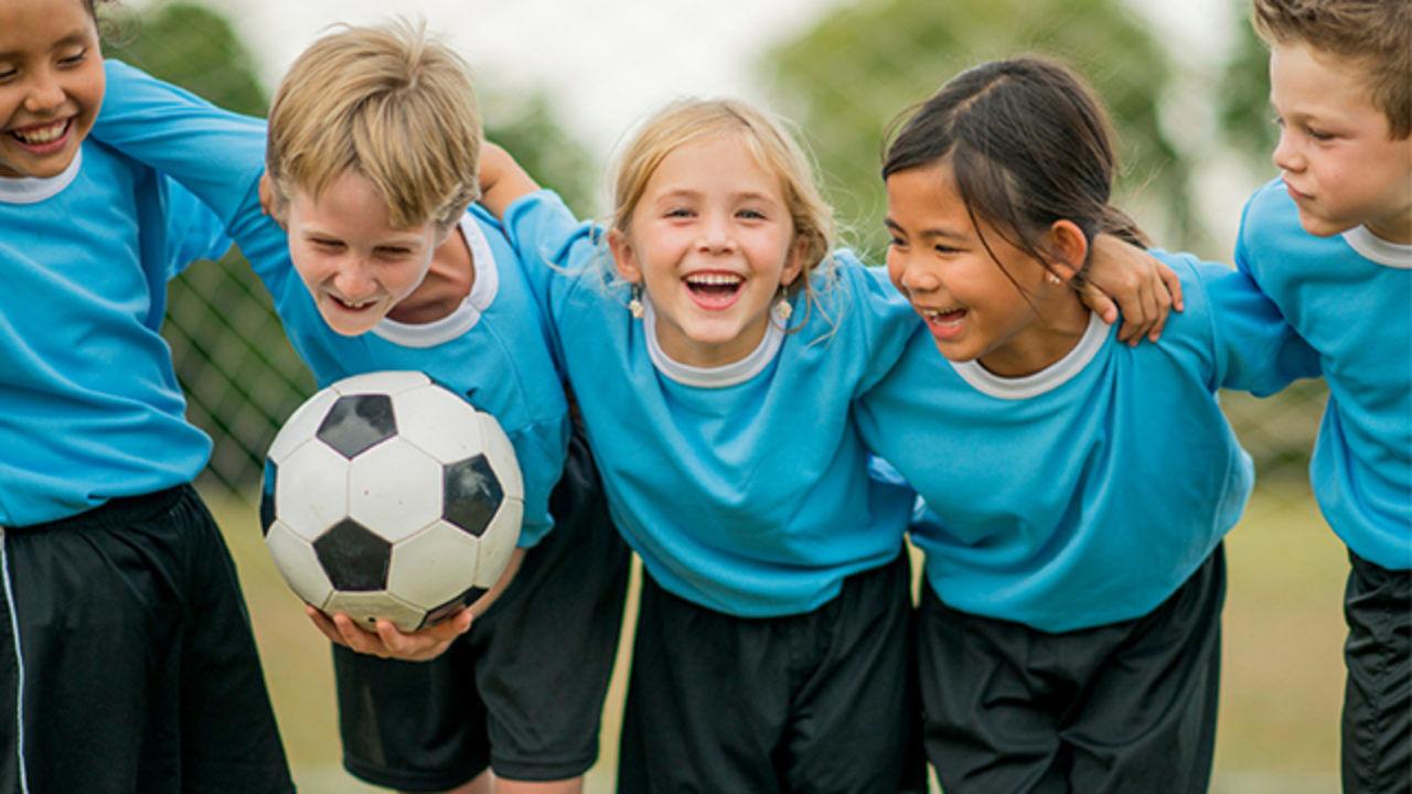 kids-bolesti-kolen-webinar-fitpainfree-cviceni-bez-bolesti-zdrave-pohybove-navyky-fitness-workout-education